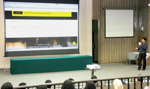 Situs Web UI Hadir dengan Tampilan Baru