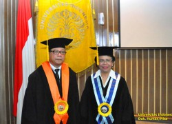 The Rector of Universitas Indonesia Inaugurated Professor of Nursing and Professor of Sociology