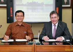 UI and Coventry University Signed MoU of  Cooperation