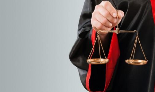 Permasalahan Hukum di Indonesia dan Hilangnya Karakter Bangsa
