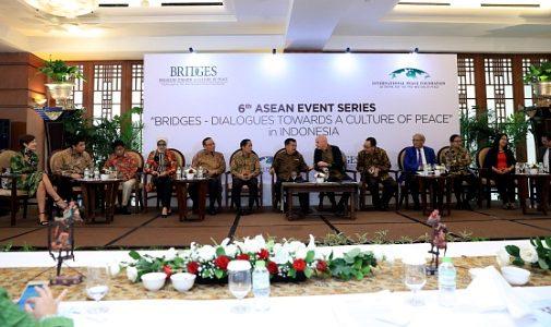 ASEAN Bridges, Forum Para Pemenang Nobel Bicara Perdamaian