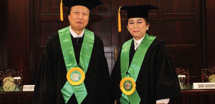 UI Kukuhkan Dua Guru Besar dari Fakultas Kedokteran
