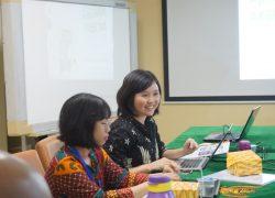 Sosialisasi Penggunaan Aplikasi Akreditasi Puskesmas (AKSES) bagi Staf